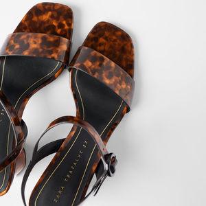 NWOB Zara Tortoiseshell Wide Heeled Sandals - SZ 9
